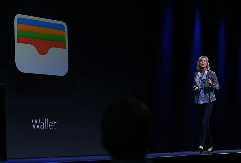 apple wallet slide during event