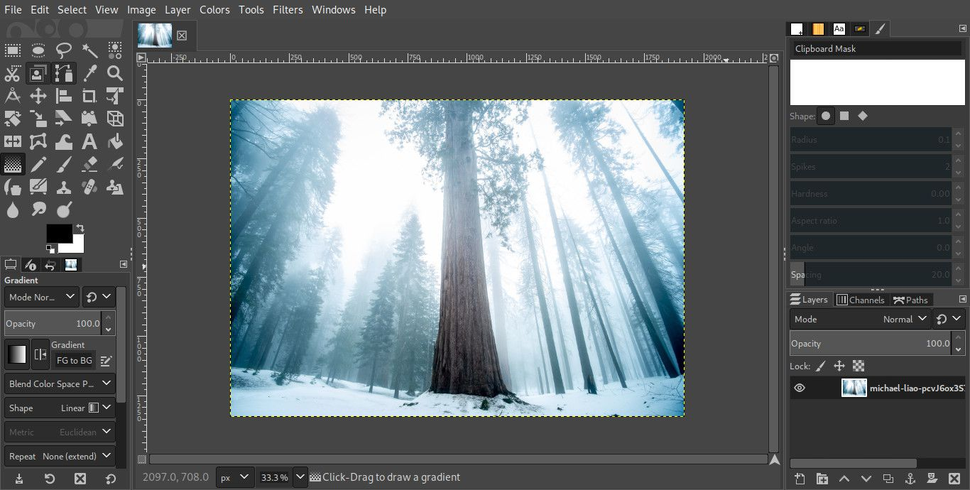 How to Correct a Photo's Perspective Distortion With GIMP