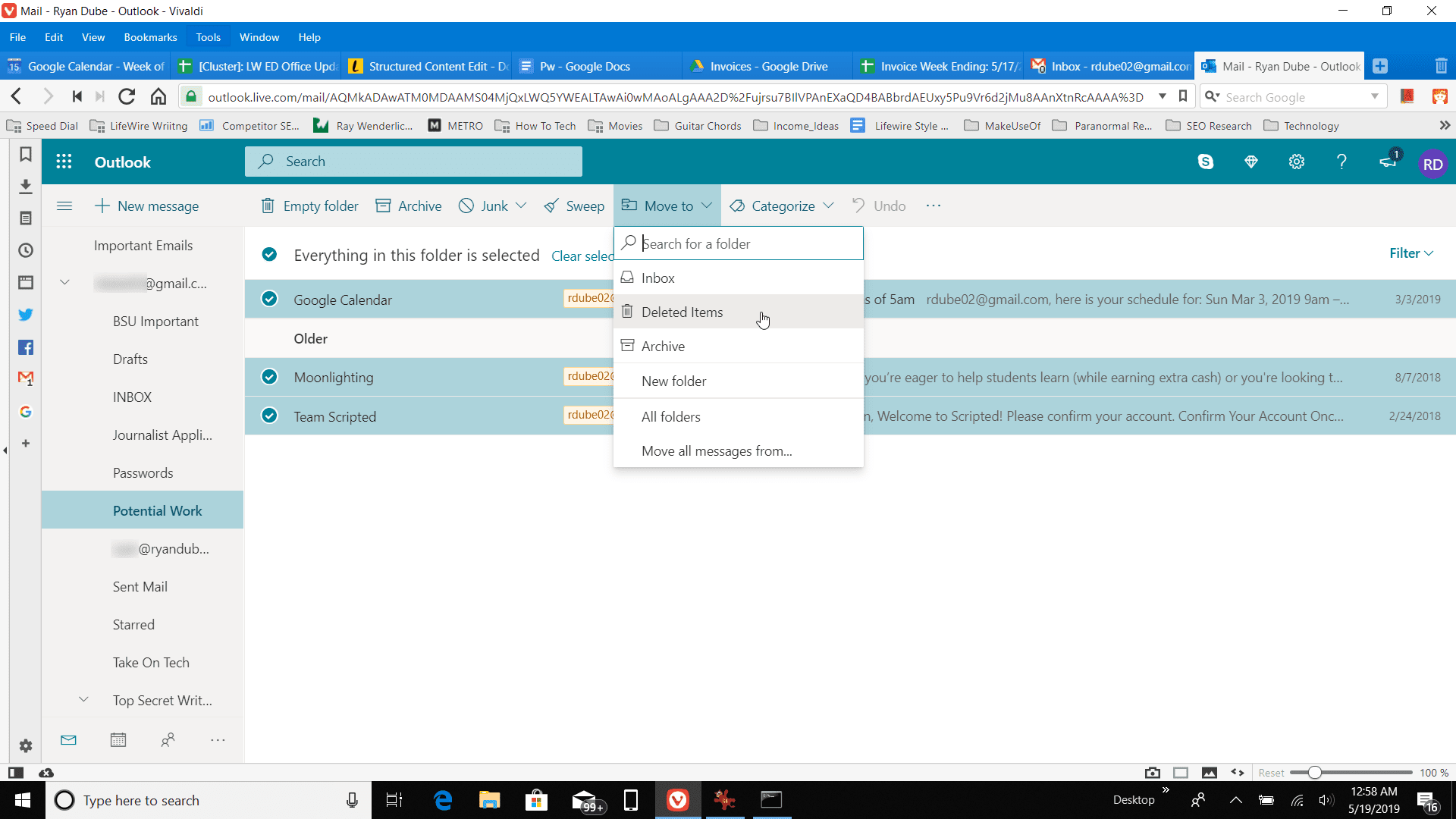 Screenshot of deleting all items in a folder in Outlook online