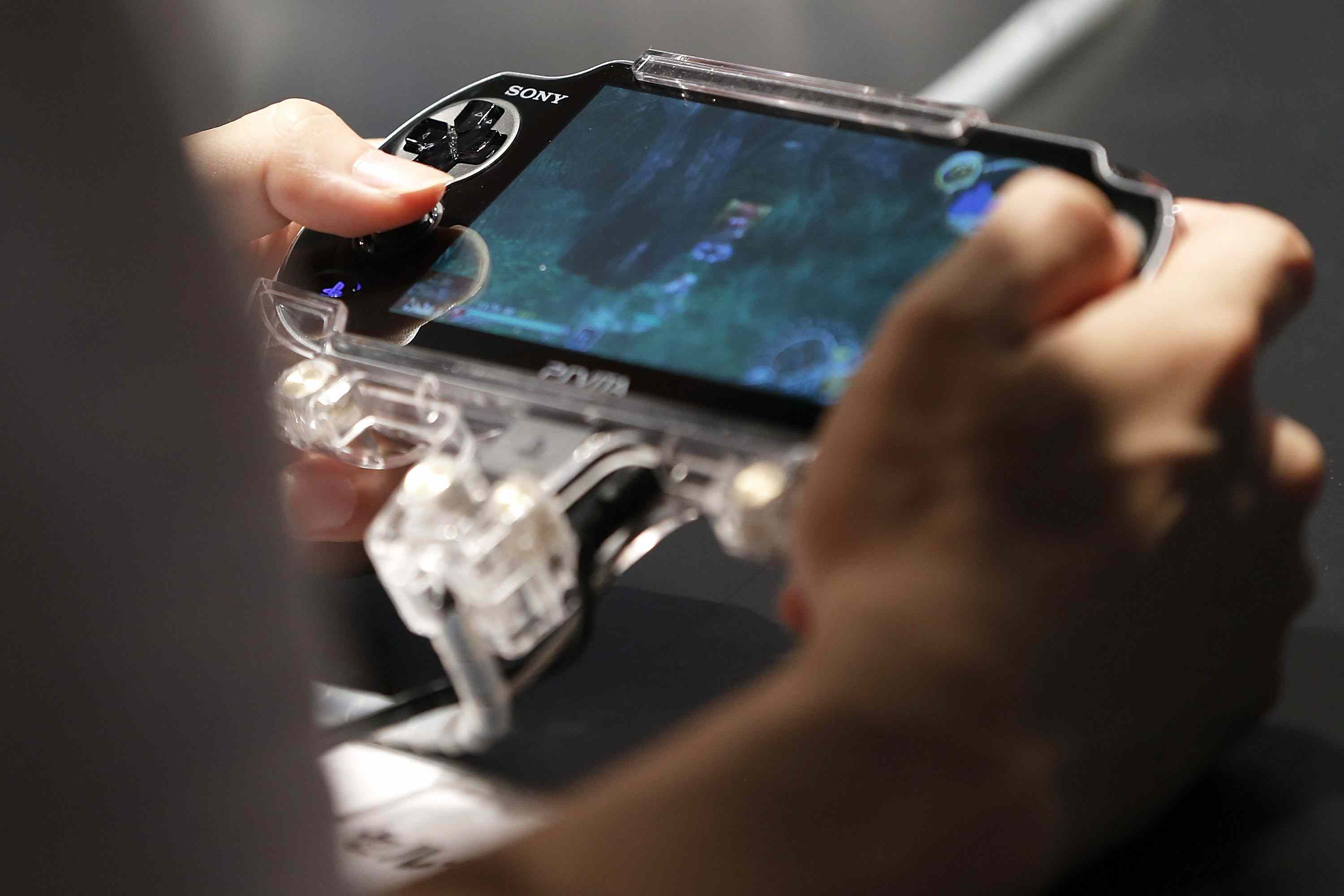 6 Ways The Ps Vita Is Better Than The Psp