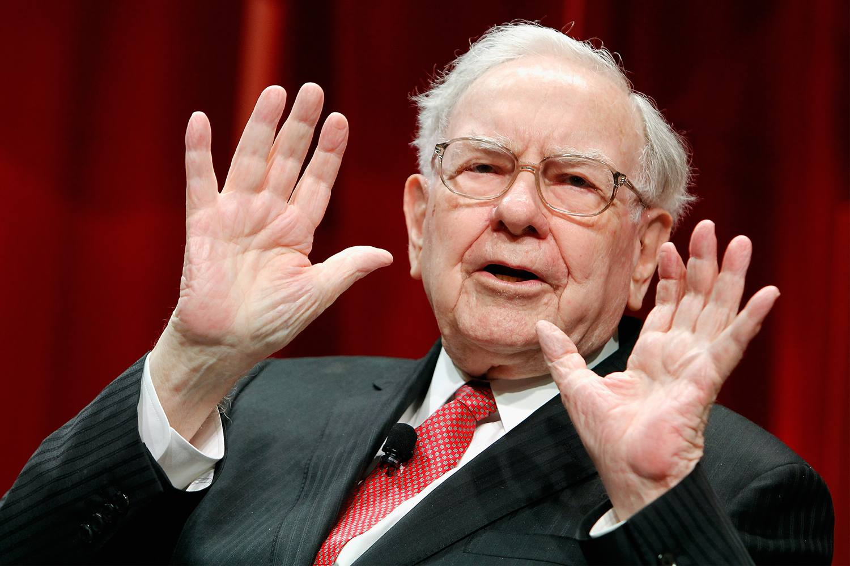 Warren Buffett Speaking with Hands