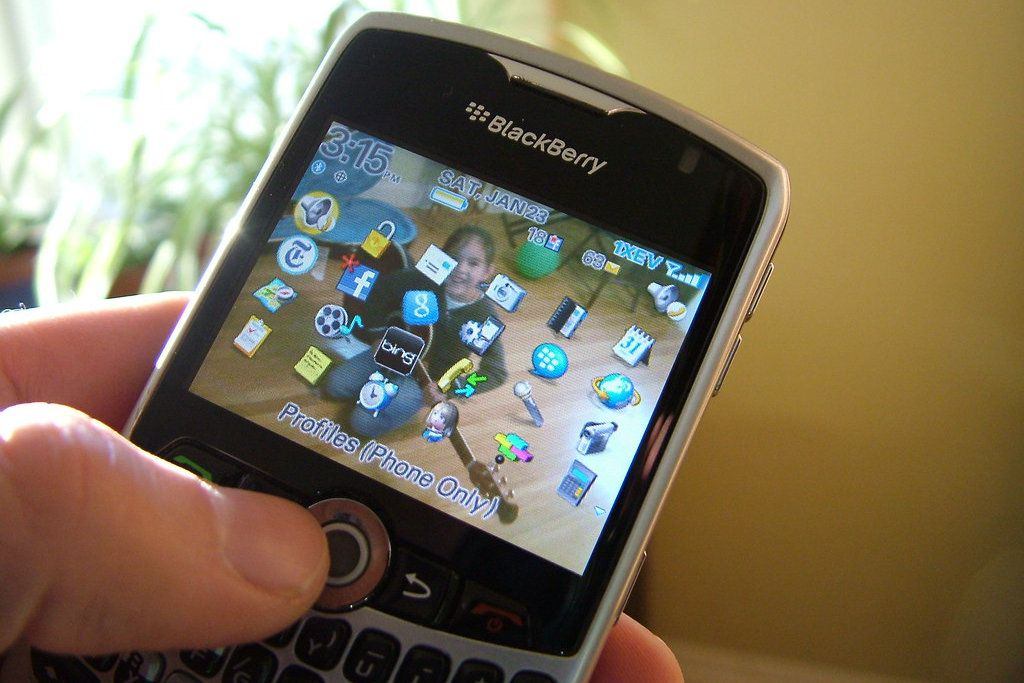 Blackberry phone with apps