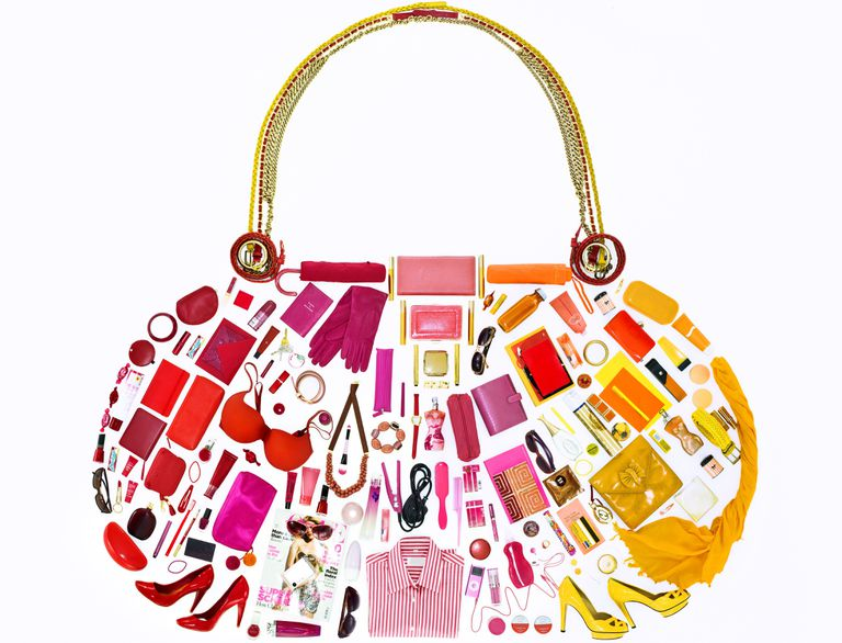 Design of a woman's hand bag in warm colors
