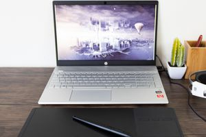 Huion Inspiroy G10T Drawing Tablet Review