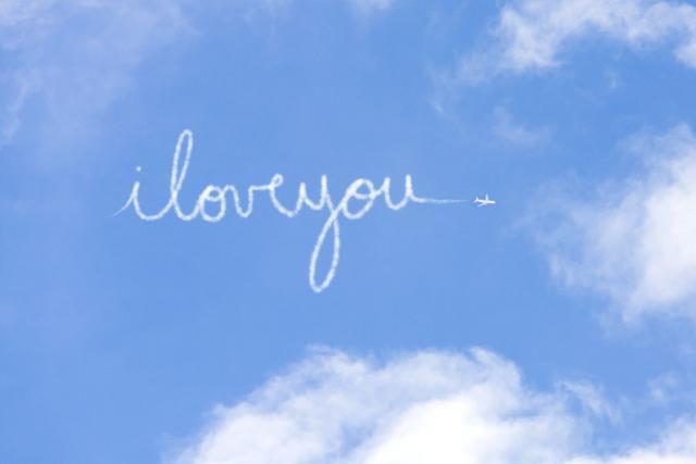 A plane writes,