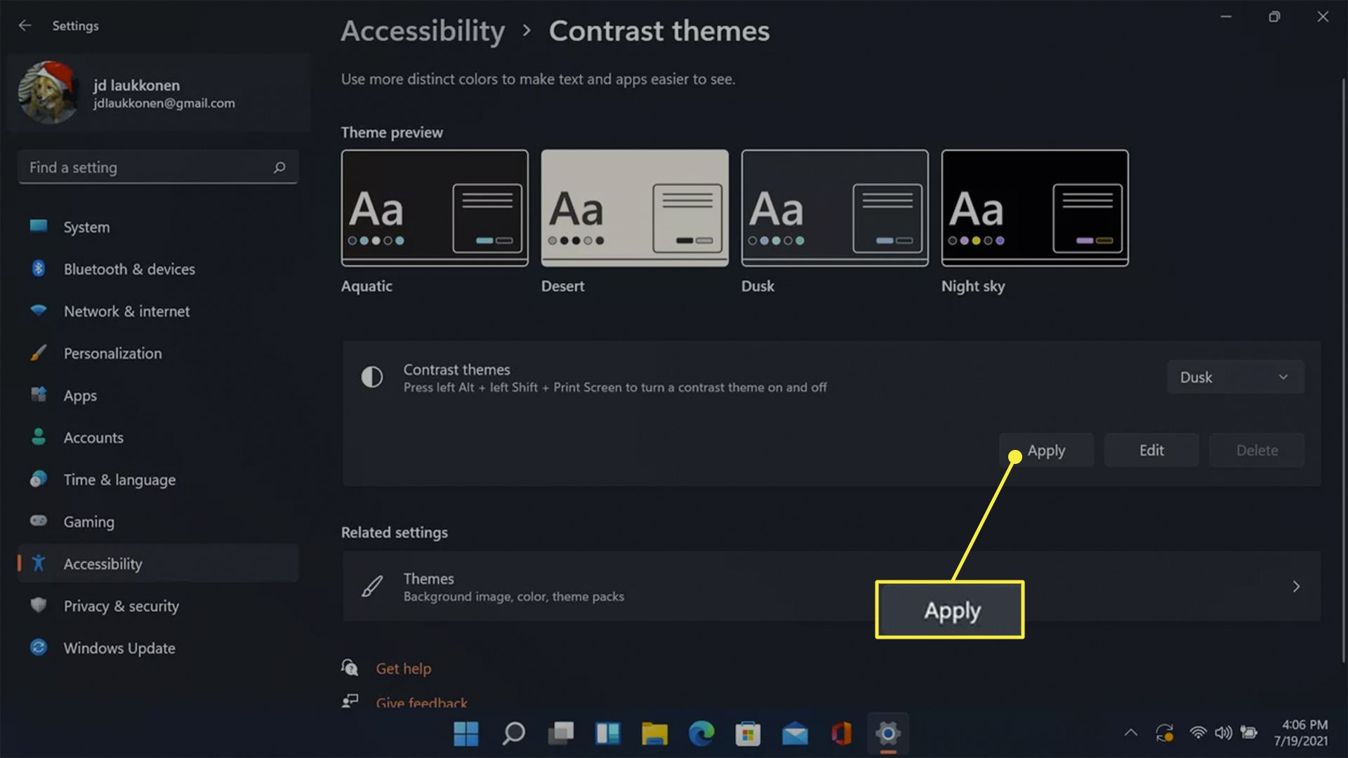 Apply highlighted in Windows accessibility contrast themes.