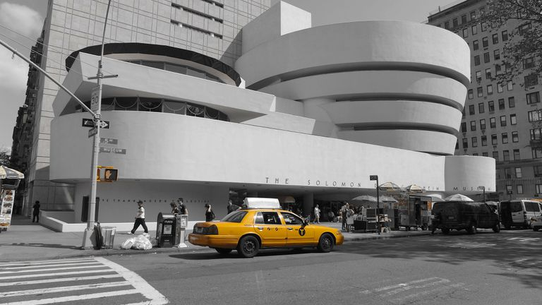 cab in front of the Guggenheim Museum