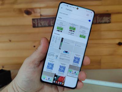 Screenshots on a Samsung Galaxy S21 Ultra