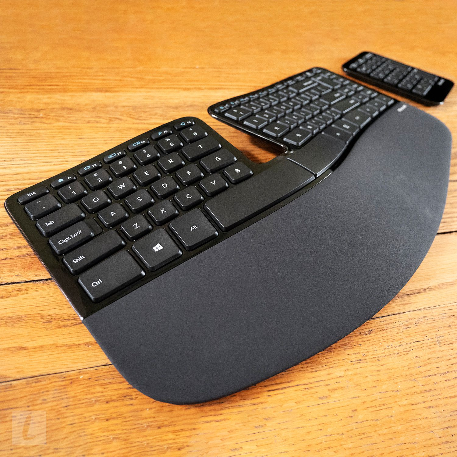Microsoft Sculpt Ergonomic Keyboard Review A Great Value