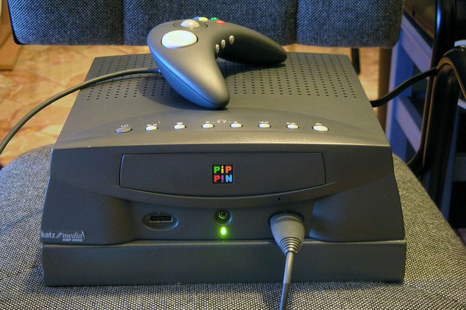 Apple Pippin home gaming console from the front