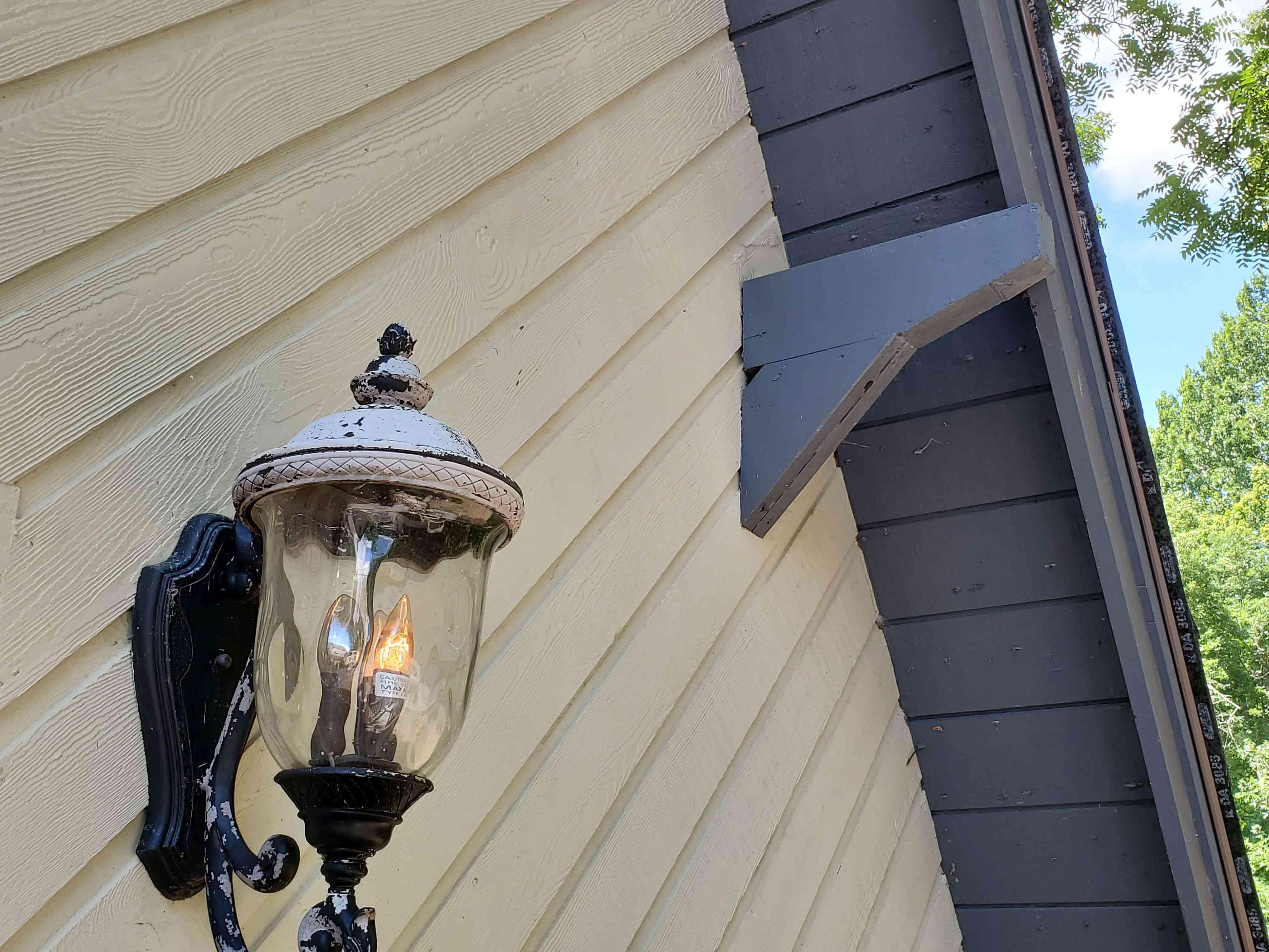 Image of an overhead beam above front door