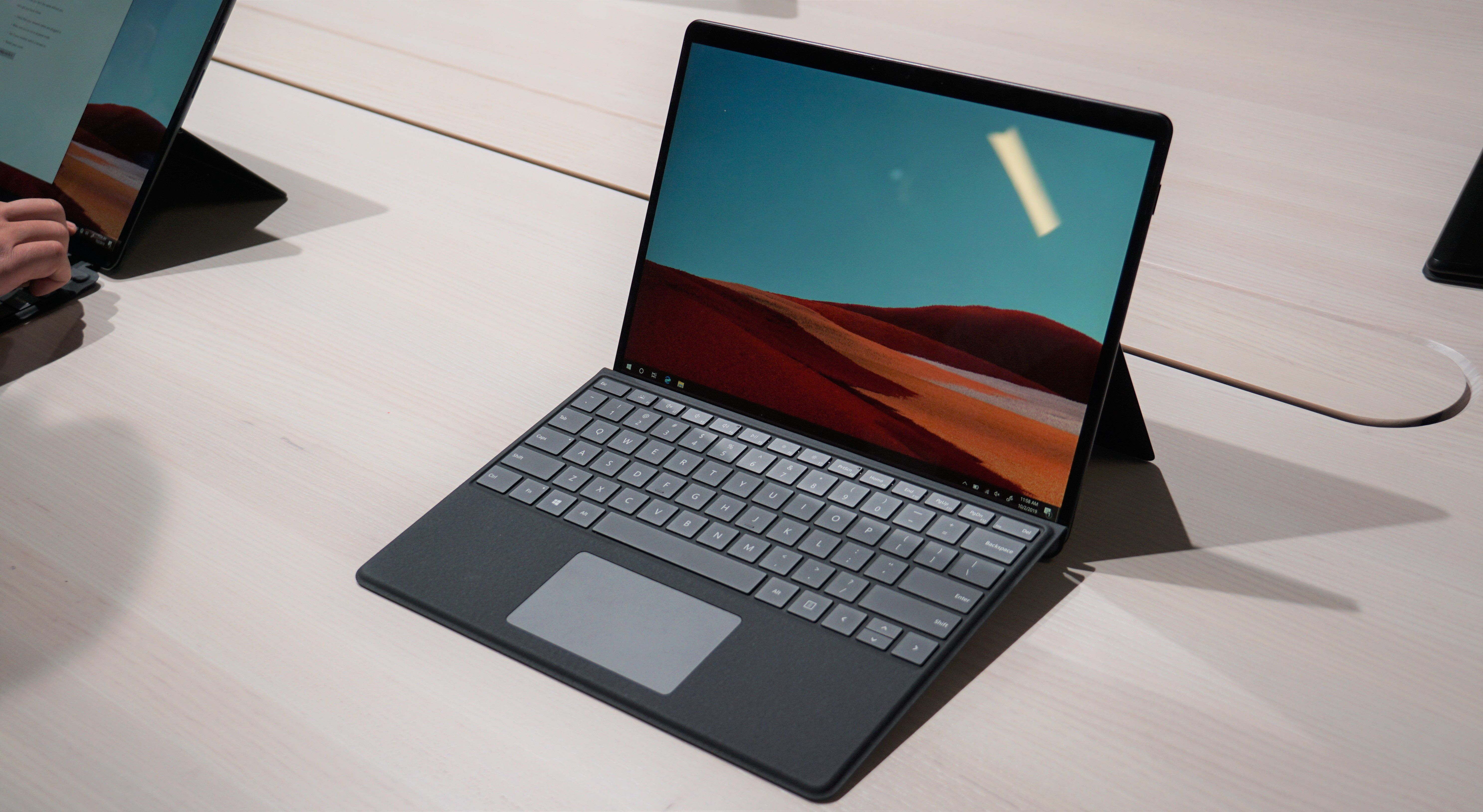 Hands on the New Microsoft Surface Pro X