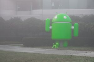 Android Mascot statue in mist
