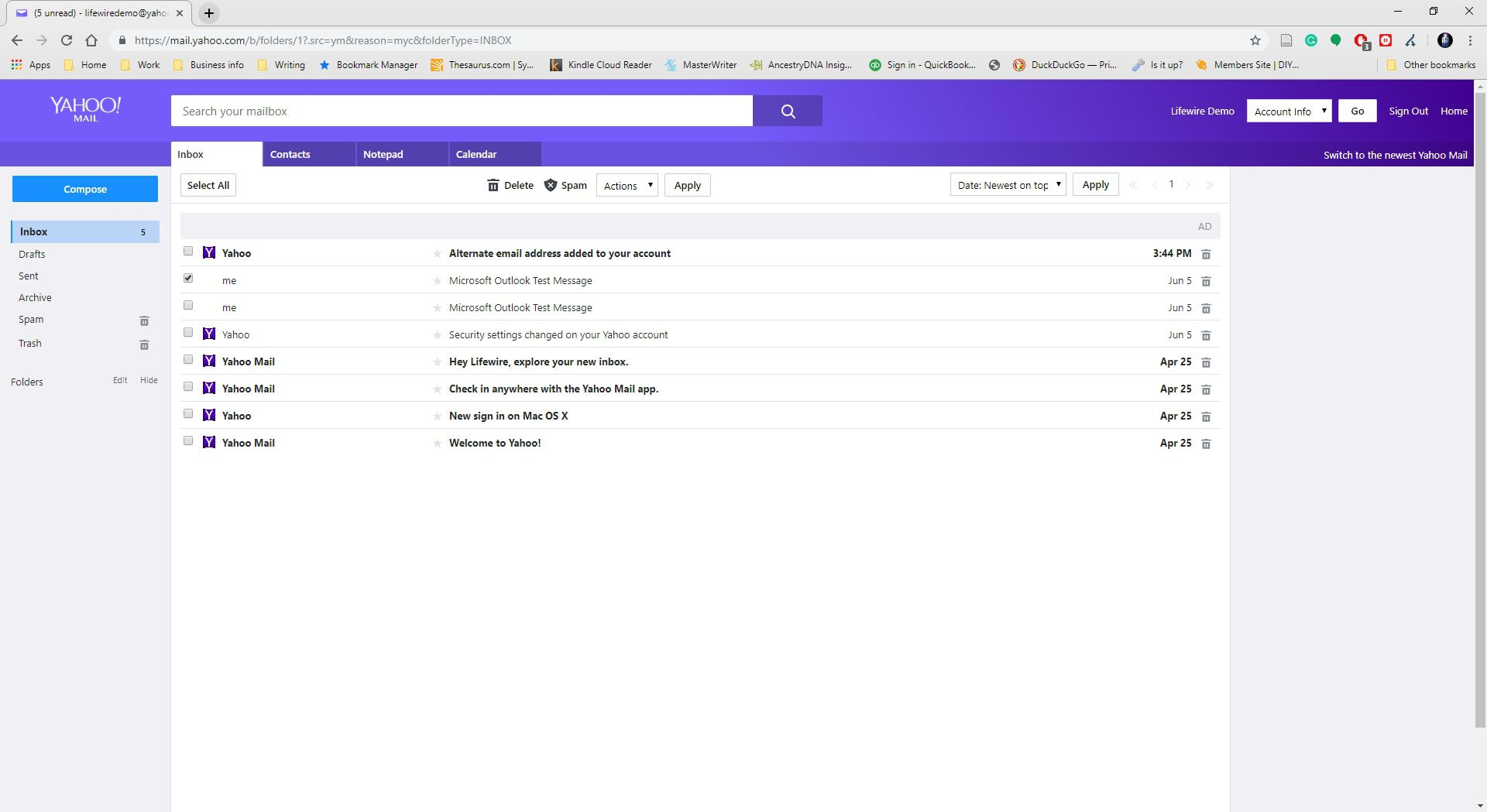 Screenshot showing an open email within Yahoo Mail.
