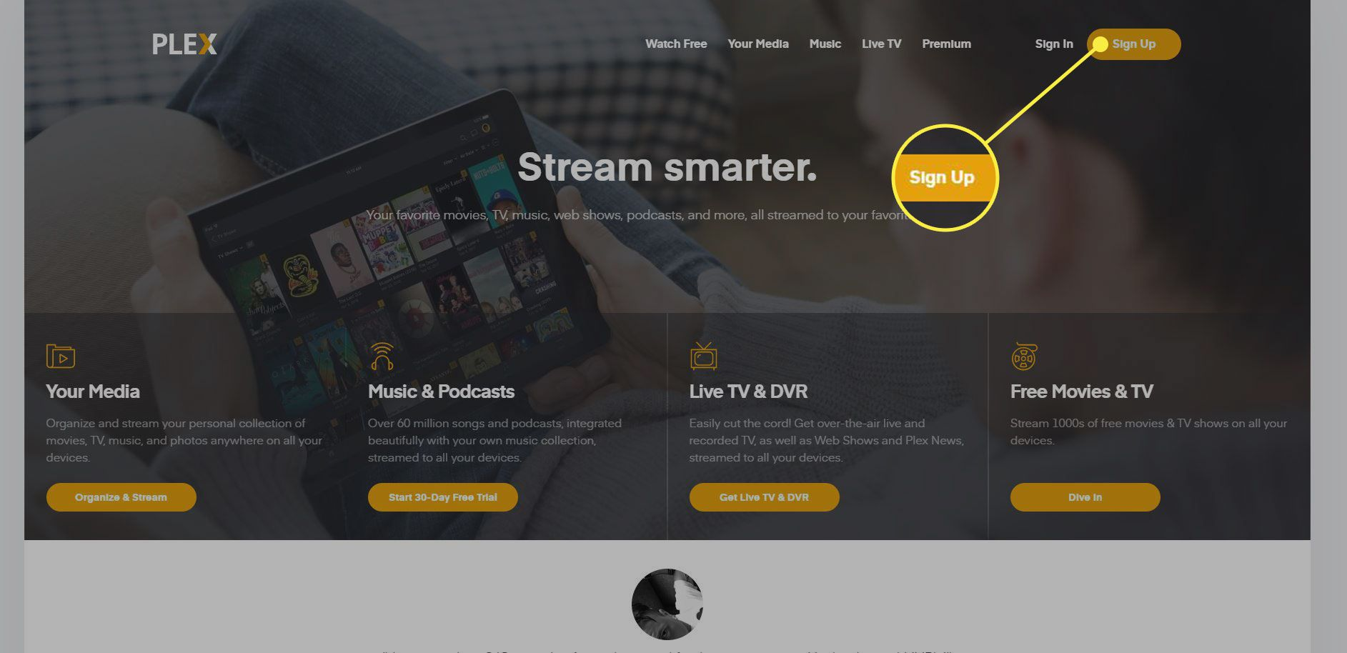 A screenshot of the Plex website with the Sign Up button highlighted
