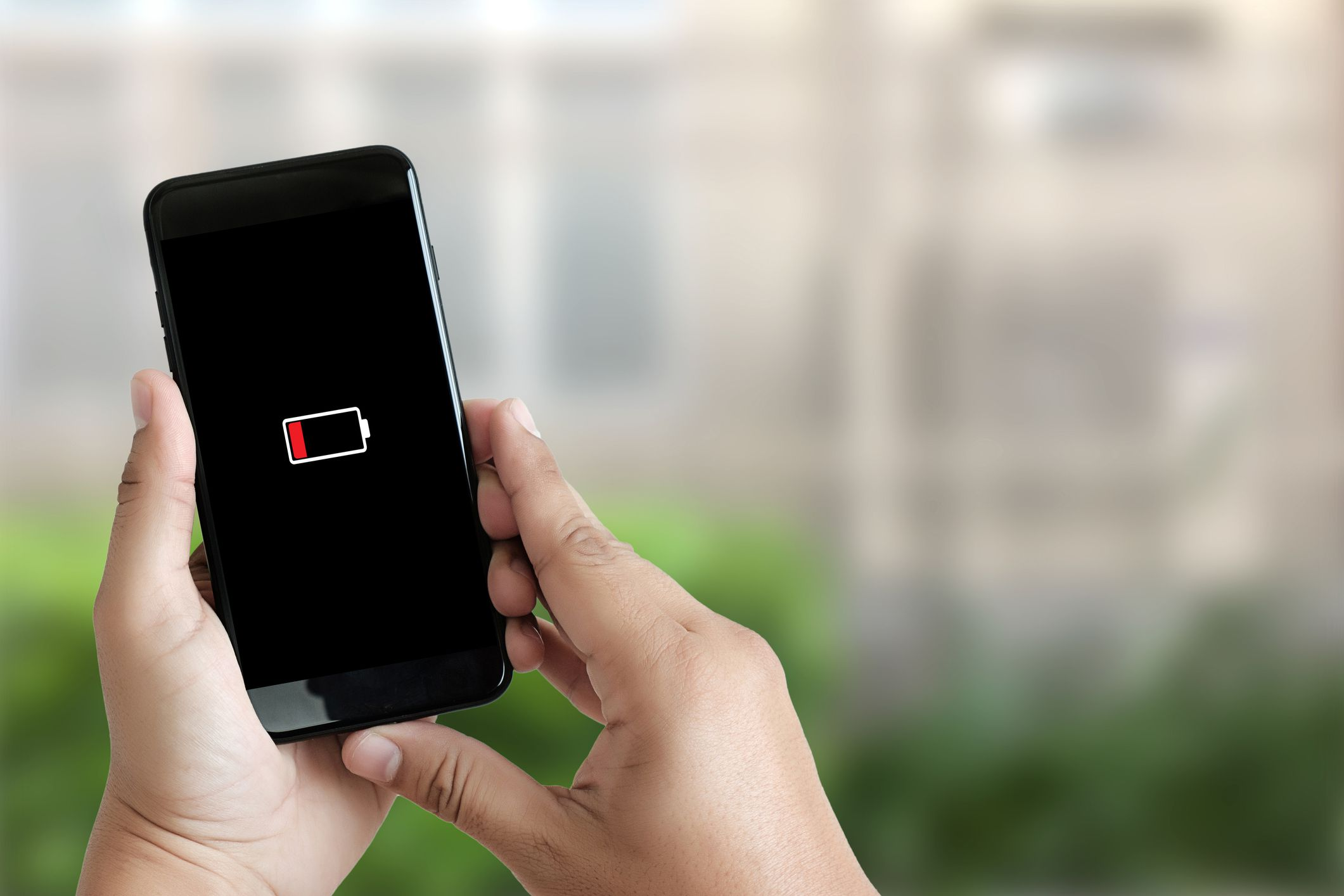 Smart phone battery low charged battery screen