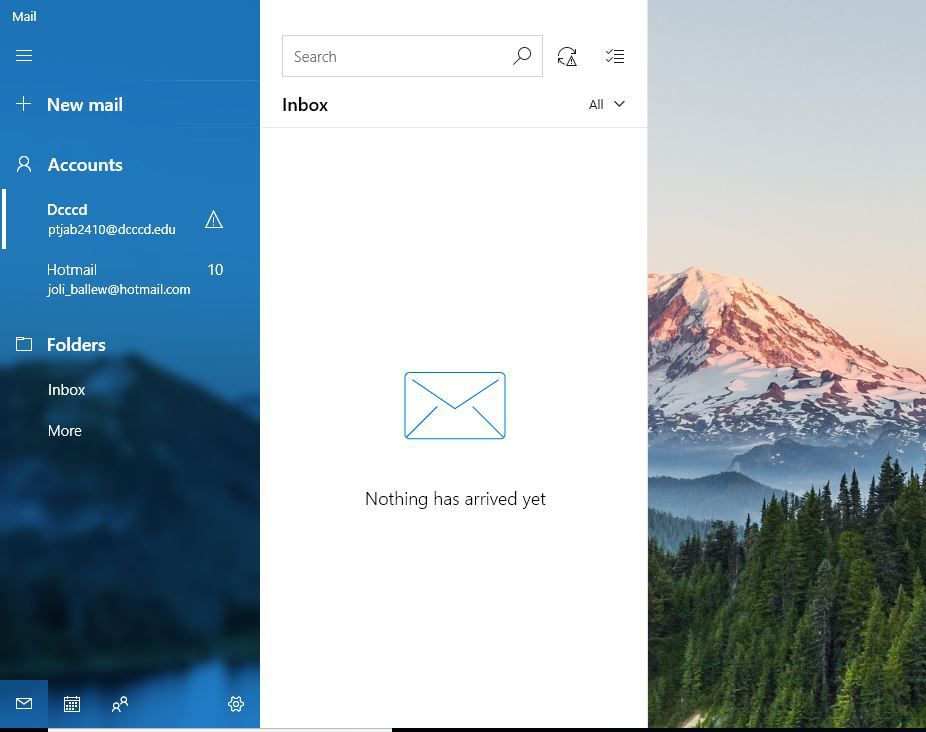 A screen shot of the Mail app in Windows 10.