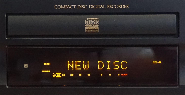 Pioneer PDR-609 CD Recorder – Status Display