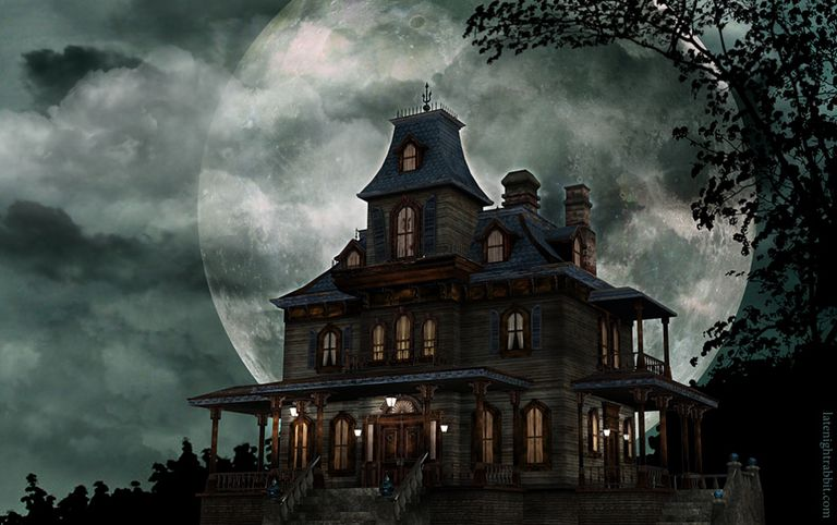 Scary Haunted House Wallpaper