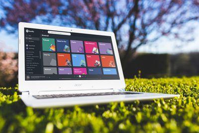 Spotify on Chromebook