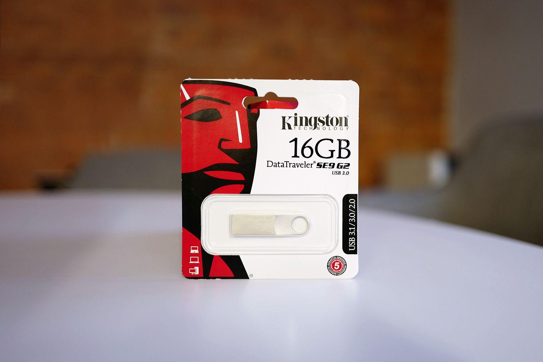Kingston DataTraveler SE9 G2 Flash Drive