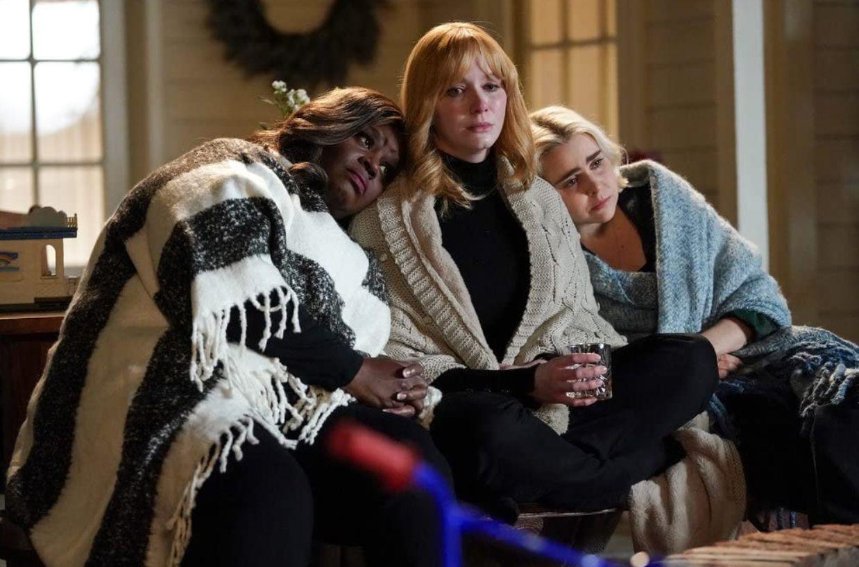 Christina Hendricks, Retta, and Mae Whitman in 'Good Girls.'