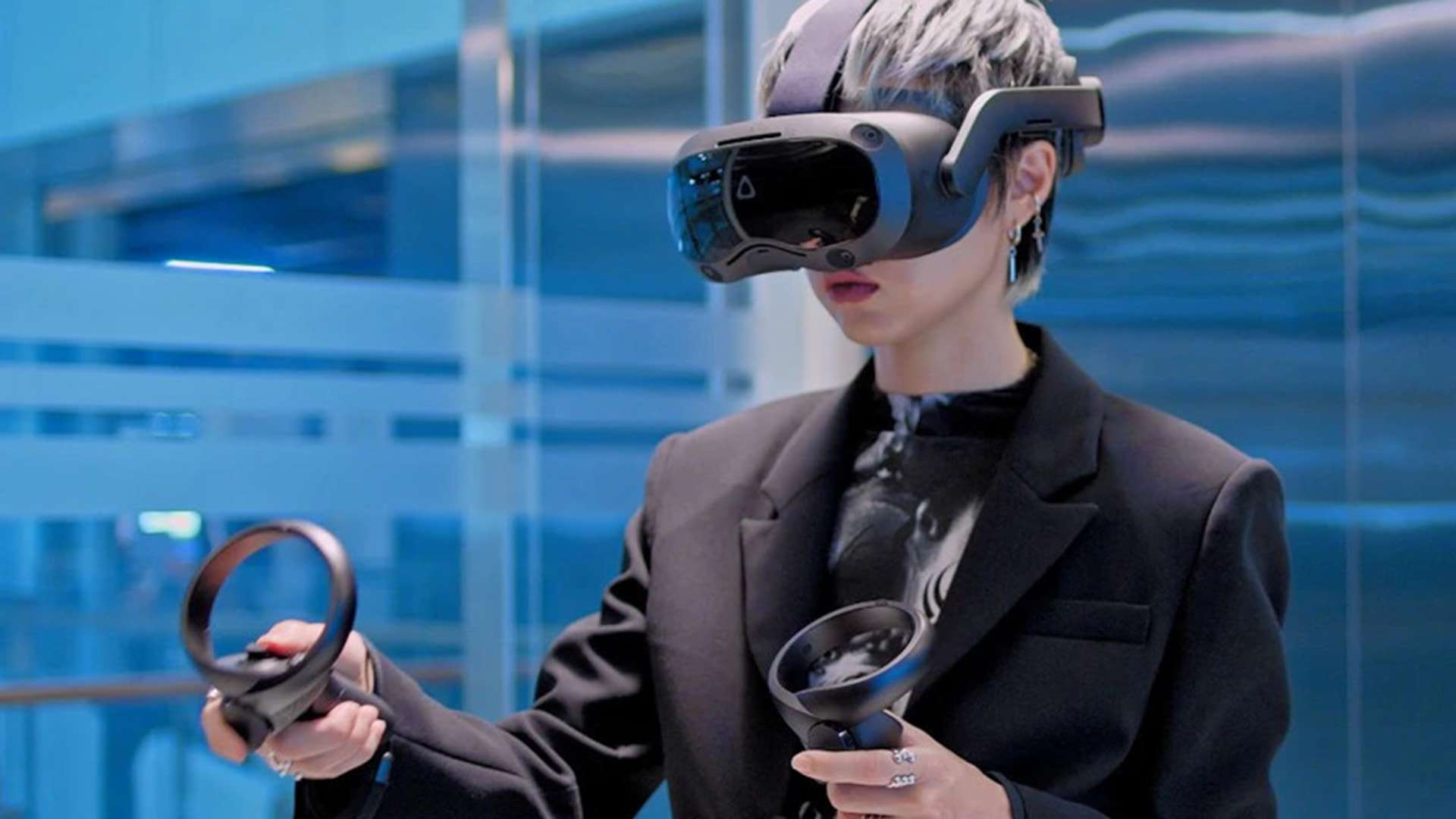 Person uses the HTC Vive Focus 3