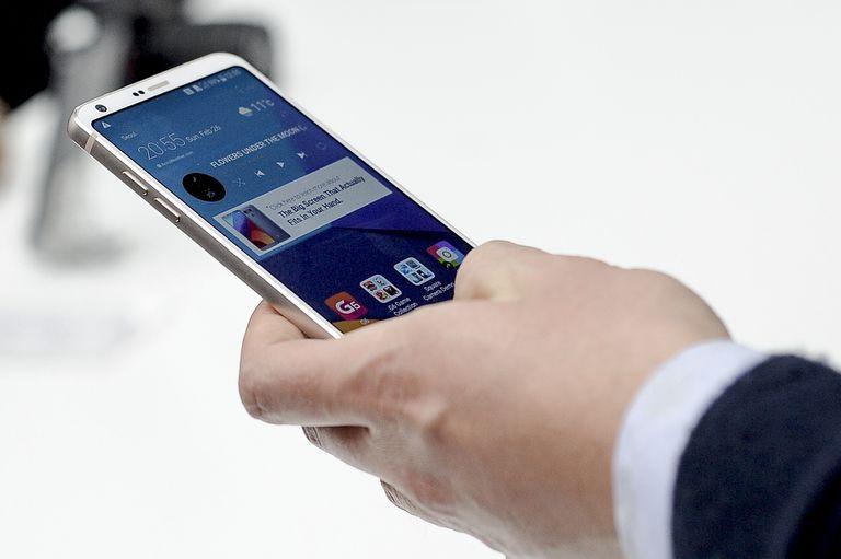An LG G6 smartphone