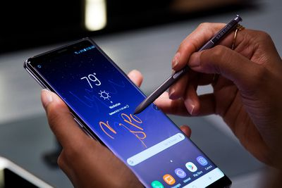 Samsung Galaxy Note 8 and S-Pen