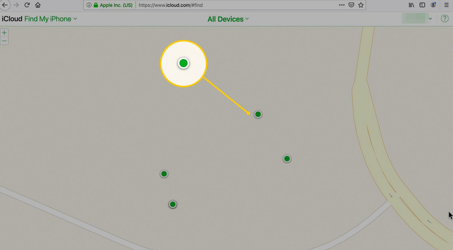 Green dot indicating online iPhone at iCloud website