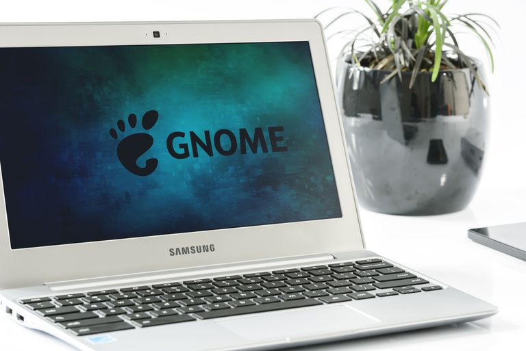 GNOME logo on a Samsung laptop