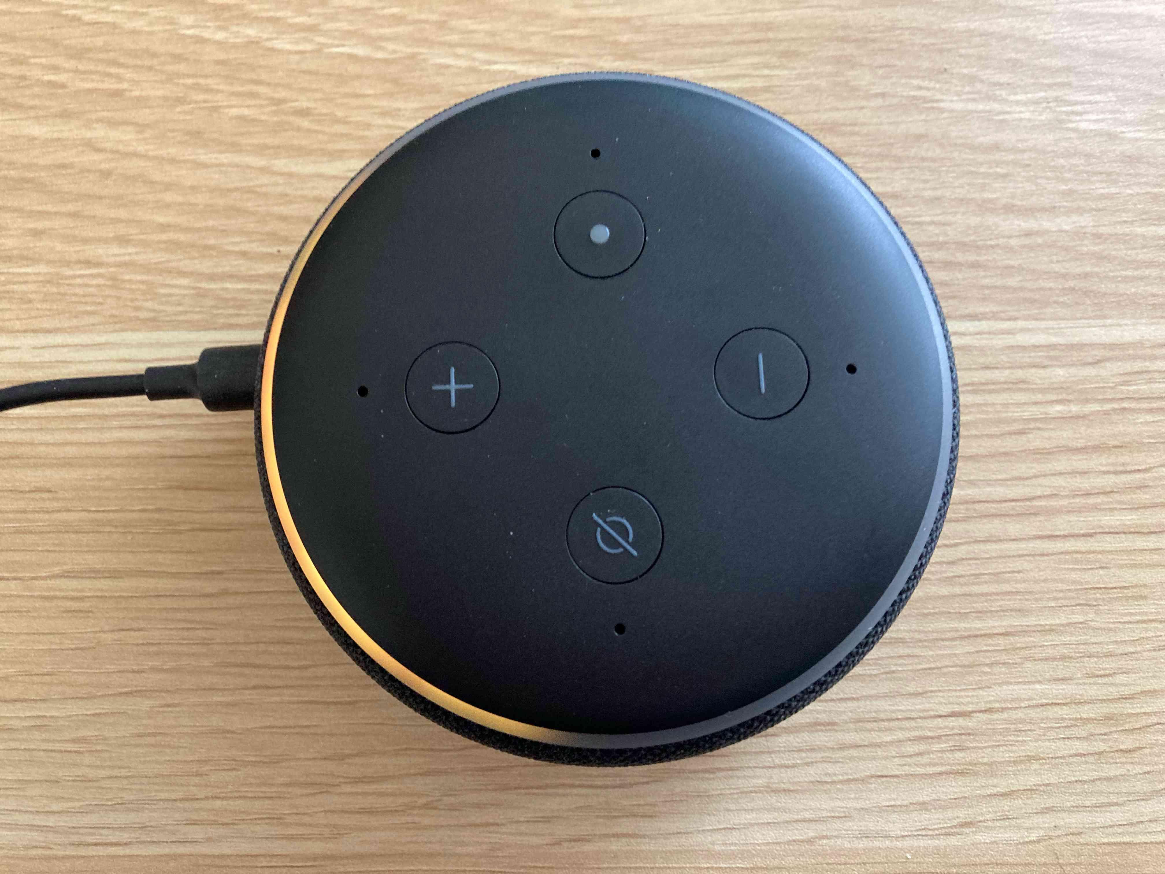 An Echo Dot in setup mode.