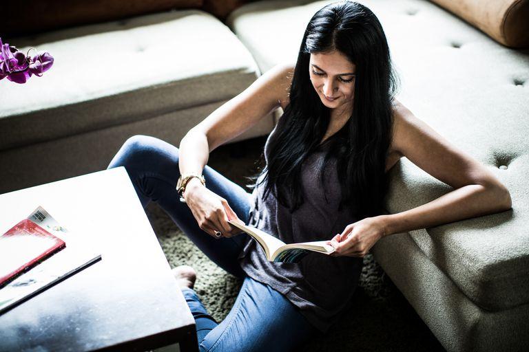 ReadingWoman.jpg