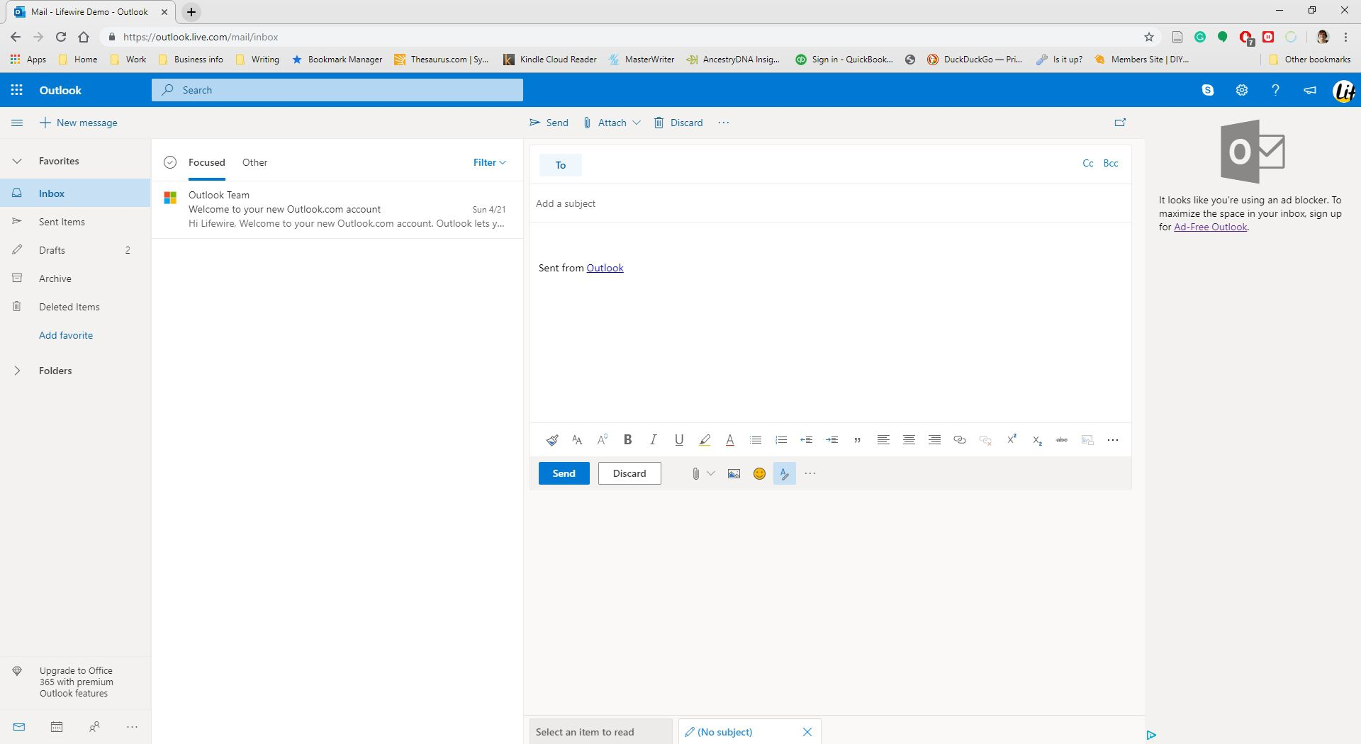Creating a new message in Outlook.com.