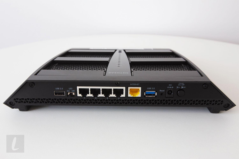 Netgear Nighthawk X6 AC3200 Tri-Band Wi-Fi Router