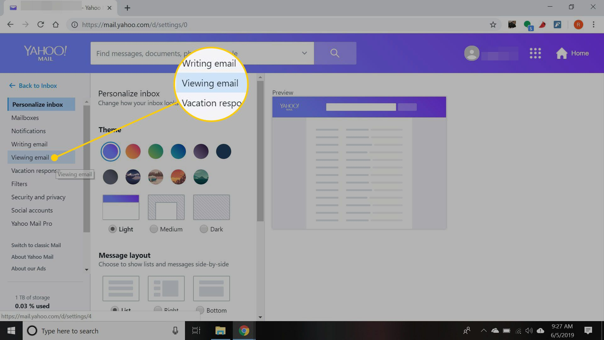 Yahoo Mail settings with the Viewing Email heading highlighted