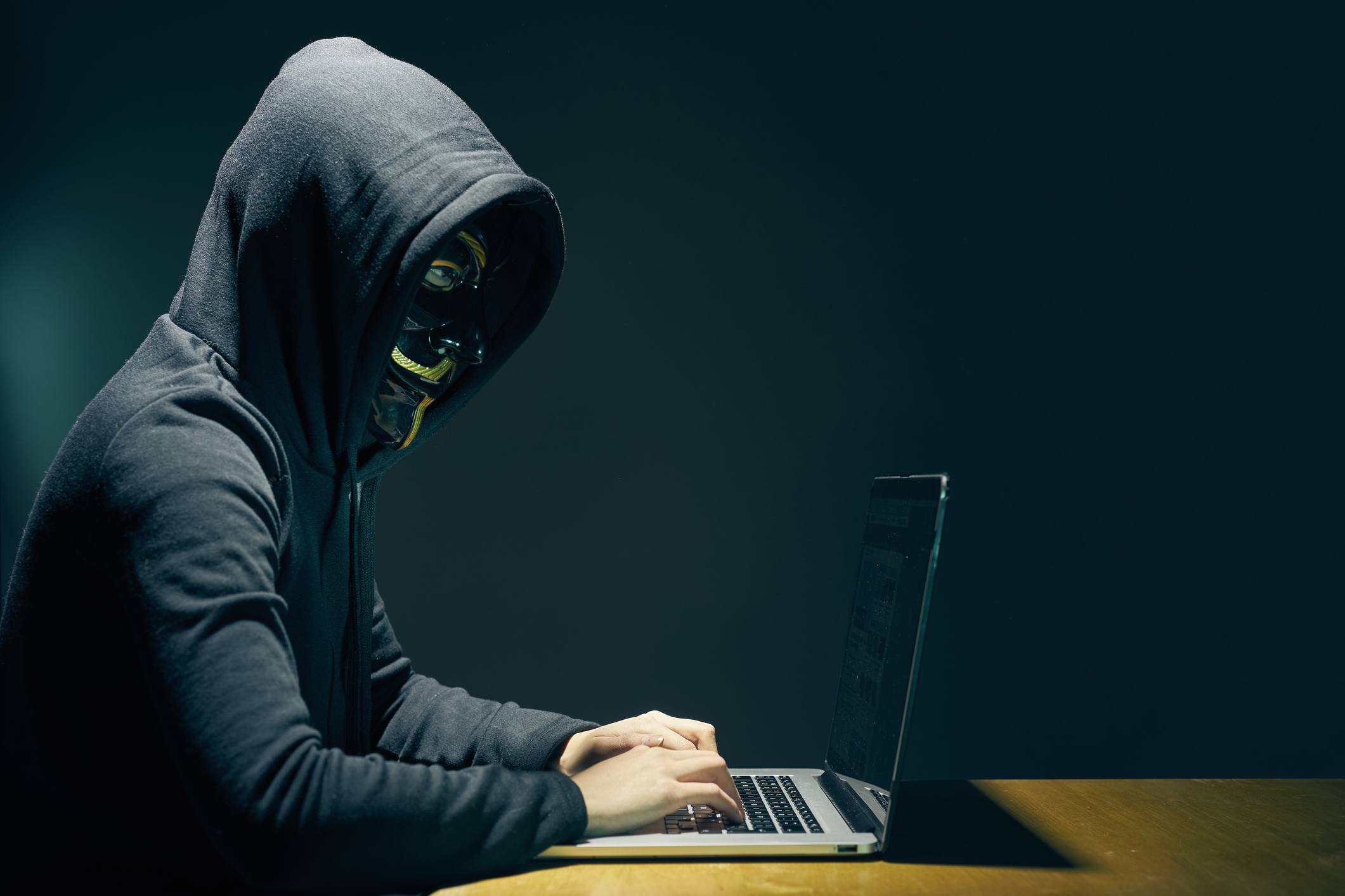 45c471eecd8  Black hat hacker    criminal with evil intent