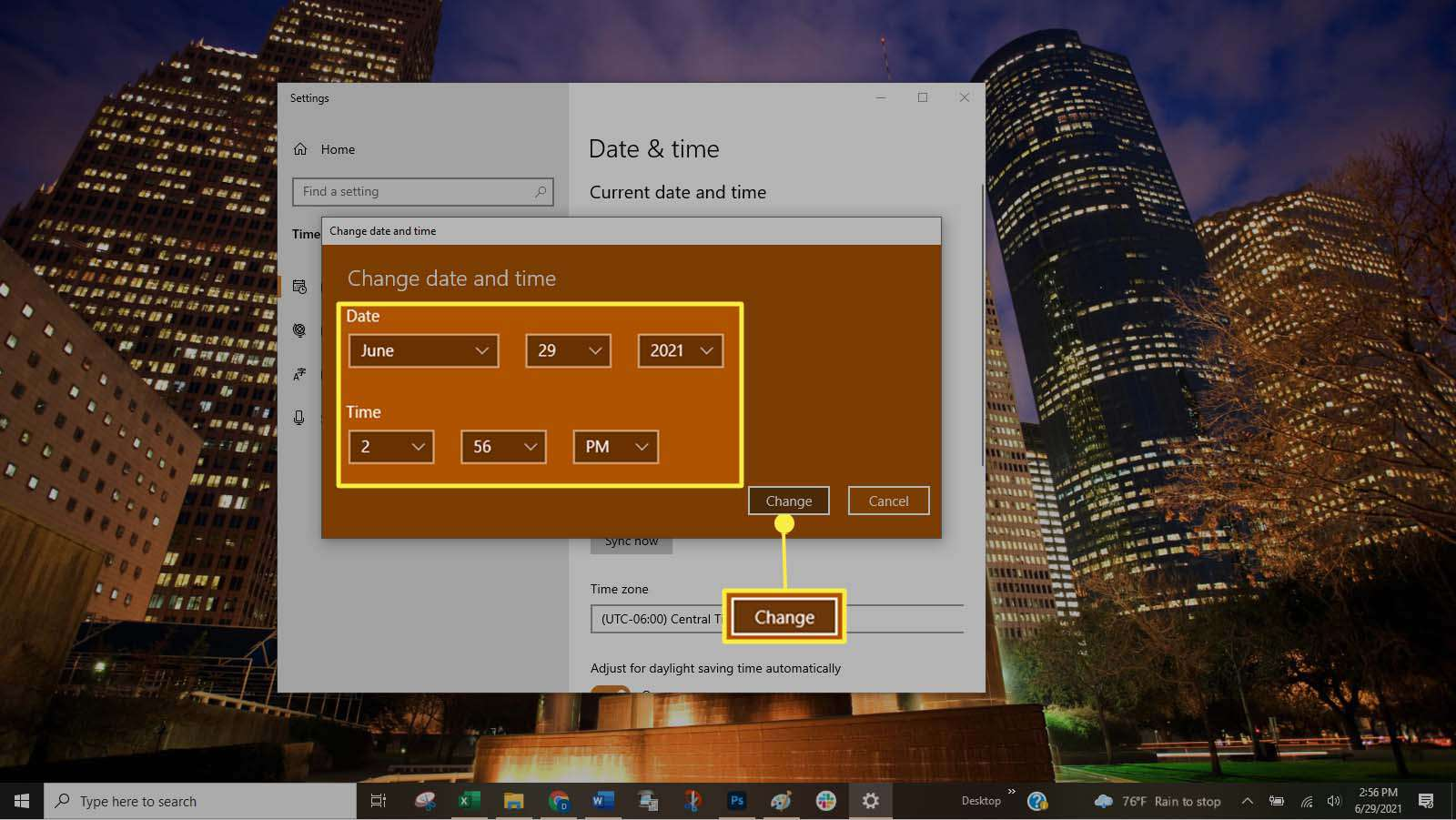 Manually setting the date and time in Windows 10.