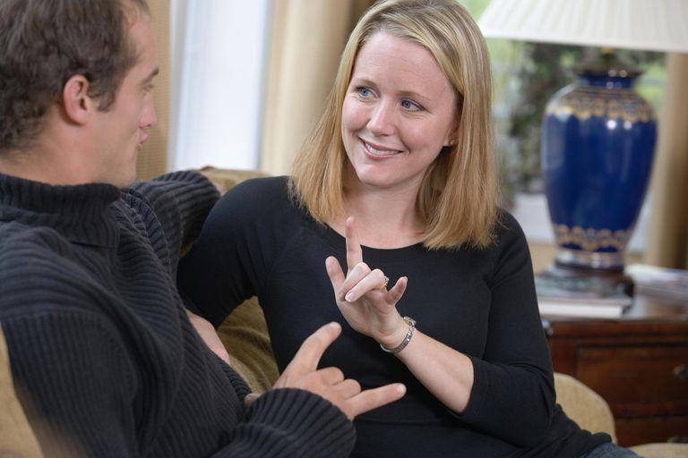 7 Free Online Sign Language Classes