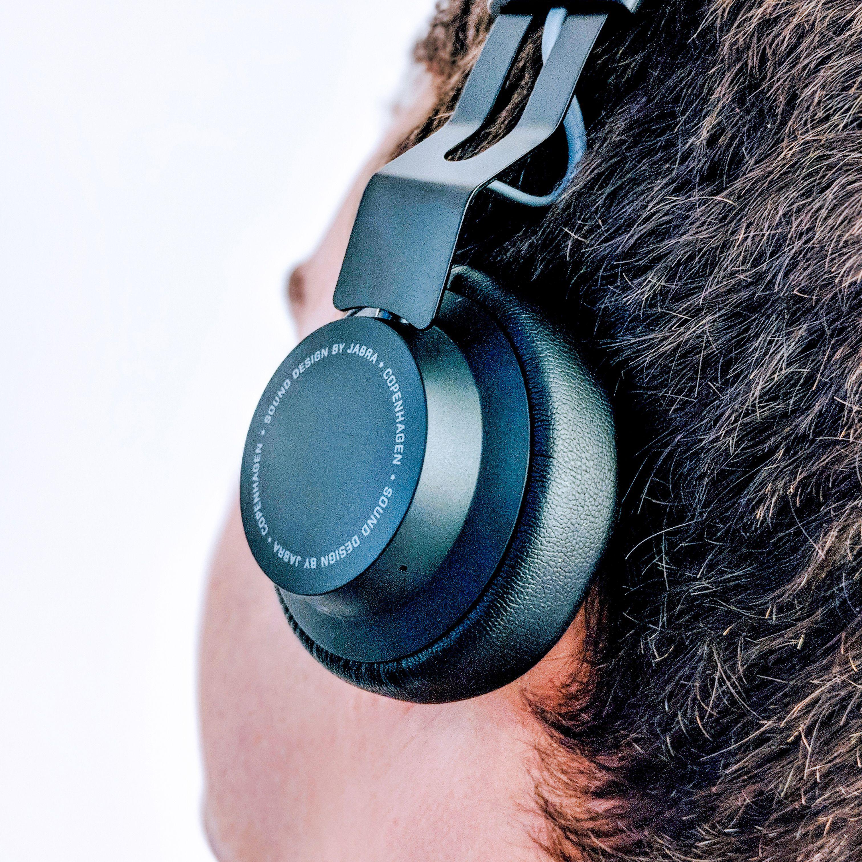 The 14 Best Wireless Bluetooth Headphones to Buy in 2018