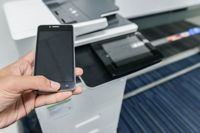 Sending fax from mobile phone