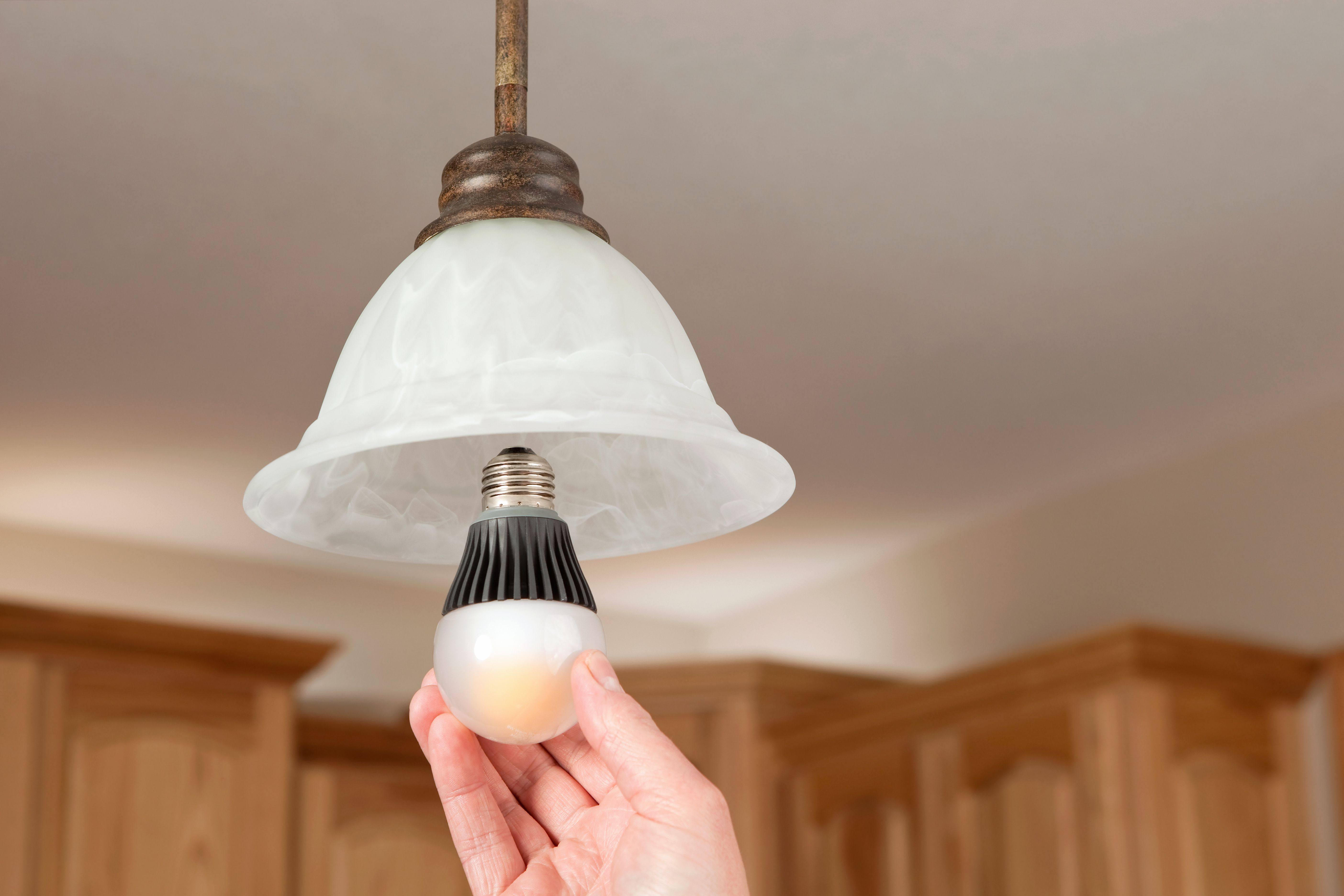 Your Quick Guide To Smart Light Bulbs Wiring Fixtures In Series Google Search