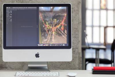 A Mac running two apps in Split View