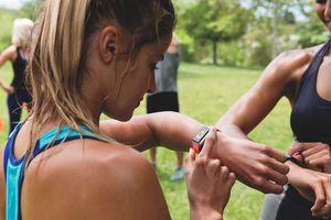 Runner wearing Apple Watch
