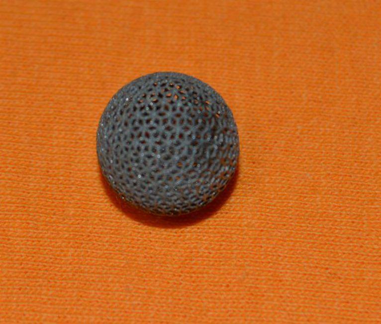 Titanium ball printed with 3D printer