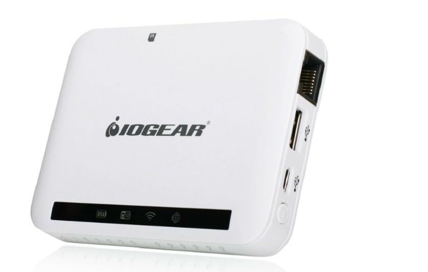 Wireless Media Hubs for Personal Networks