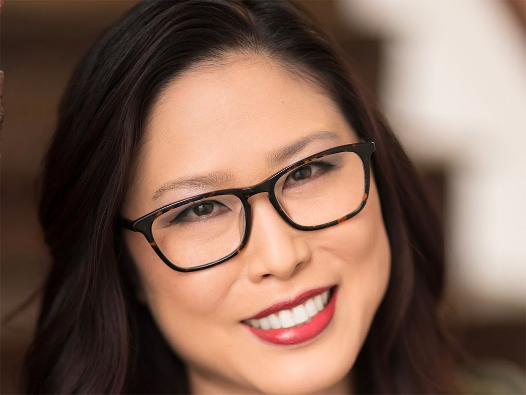 Headshot of Lola Han, Founder and CEO of CultivatePeople