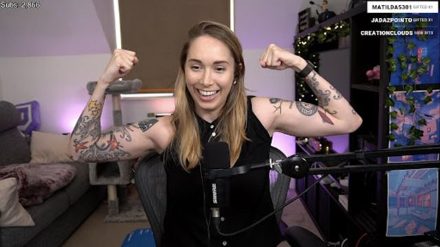 A screenshot of streamer Gabby Smolders aka GabSmolders on a livestream.