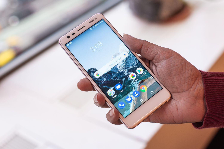 The 9 Best Budget Smartphones for Under $300 in 2019