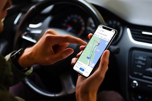 View alternate routes in Google Maps on iPhone